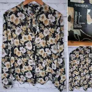 Forever 21 floral blouse size L